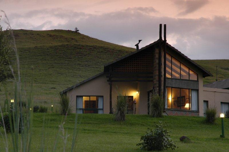 Drakensberg mountain self catering and hotel accommodation for The alpine lodge