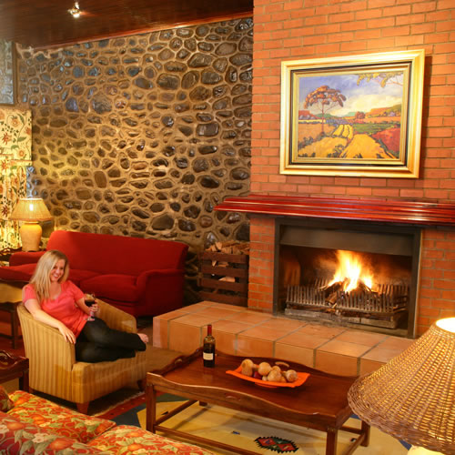 Drakensberg Accommodation Hotels: Drakensberg Self Catering And Resort Accommodation At