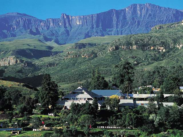 Cathedral Peak Is A 4 Star Family Hotel In The Drakensberg